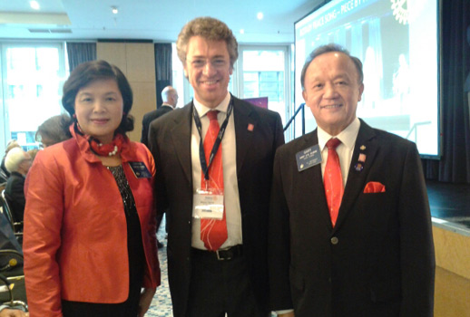 Il Governatore Ganna a Berlino fra il presidente Huang e la Signora Corinna Huang